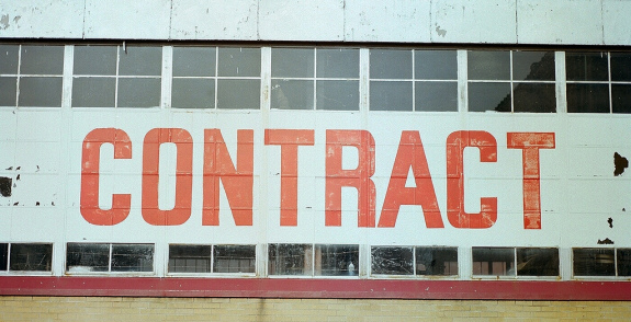 Contract - Pyragraph