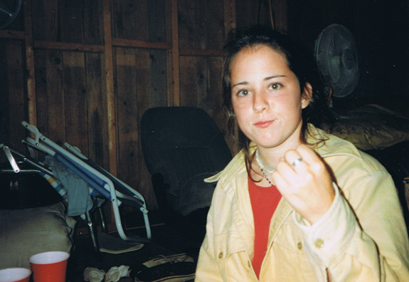 Young Jen about to give the finger to elder Jen's advice list.