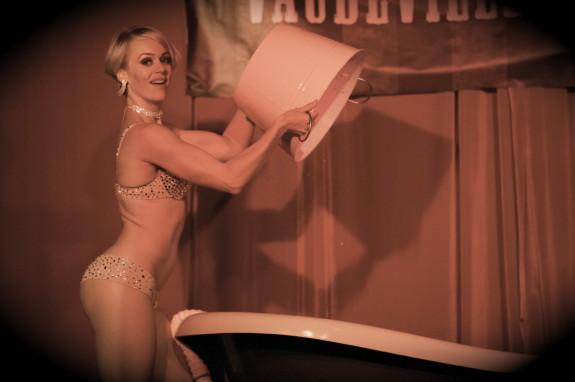 Burlesque non nude