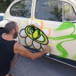 Kenny Scarf's Karbombz! - Pyragraph