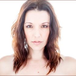 Shannon Curtis - Pyragraph