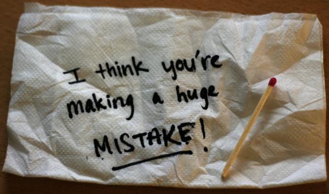 Mistakes-Pyragraph