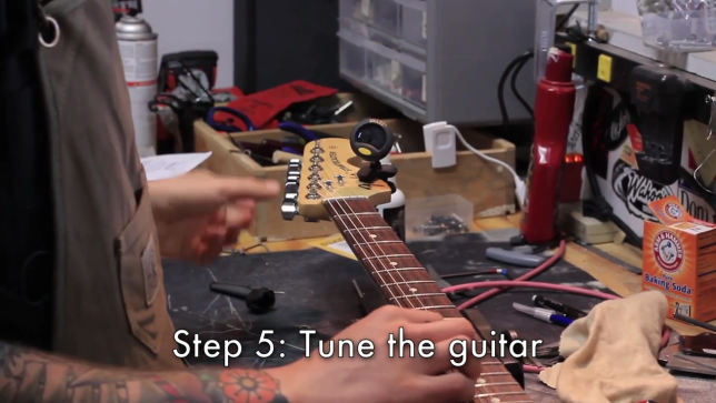 the guitarist tunes up Free online guitar tuner use the microphone to tune your guitar find alternative tunings for guitar, bass, banjo, violin, ukulele, balalaika and more.