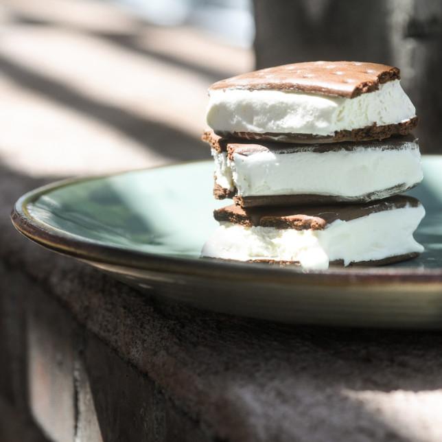 ice cream sandwich – Albuquerque Food Photographer Clarke Condé – Pyragraph