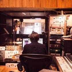 Recording Studio - John Hult - Pyragraph